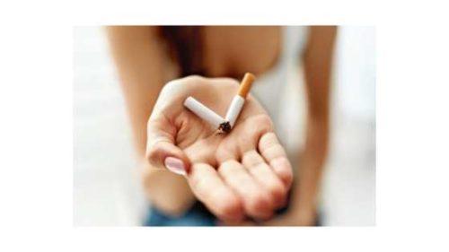 kobieta i zniszczony papieros